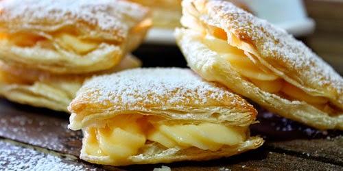 http://www.mujerdecolores.com/2015/02/deliciosos-pastelitos-de-hojaldre.html