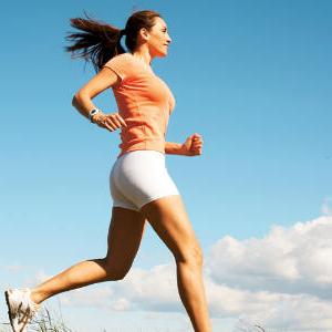 Mujer corriendo, salud, vida saludable, correr, ejercicio